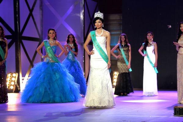 Мисс Казахстан-2012 Жазира Нуримбетова из Шымкента