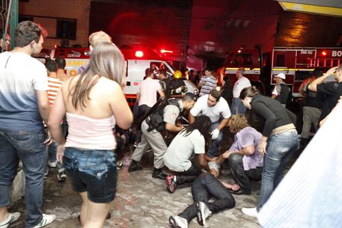 Пожар в ночном клубе Kiss в Санта-Марии, Бразилия