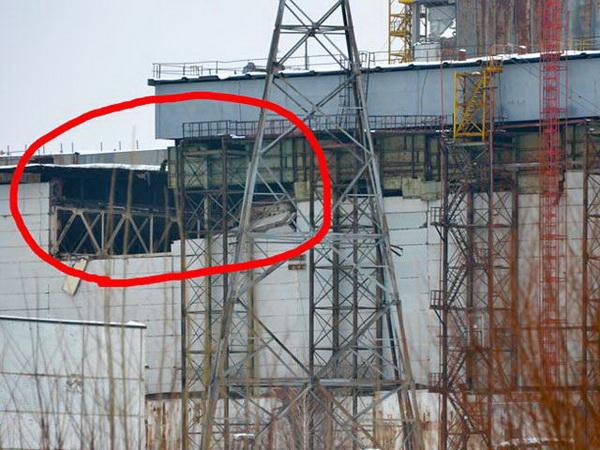 На Чернобыльской АЭС снег обвалил кровлю